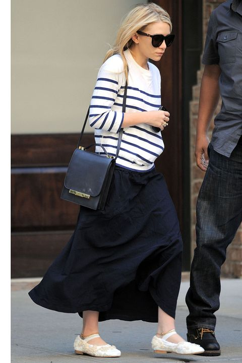 New York, NY - 6/03/2011- Ashley Olsen Leaving The Greenwich Hotel