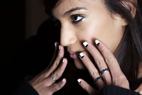 New Study on Nail Biting - Nail Biting Means You Are a Perfectionist