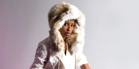 Textile, Fur clothing, Jacket, Headgear, Costume accessory, Fashion, Parka, Natural material, Animal product, Photography,