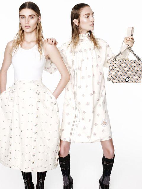 Clothing, Sleeve, Shoulder, Pattern, Textile, White, Dress, Style, One-piece garment, Fashion model,