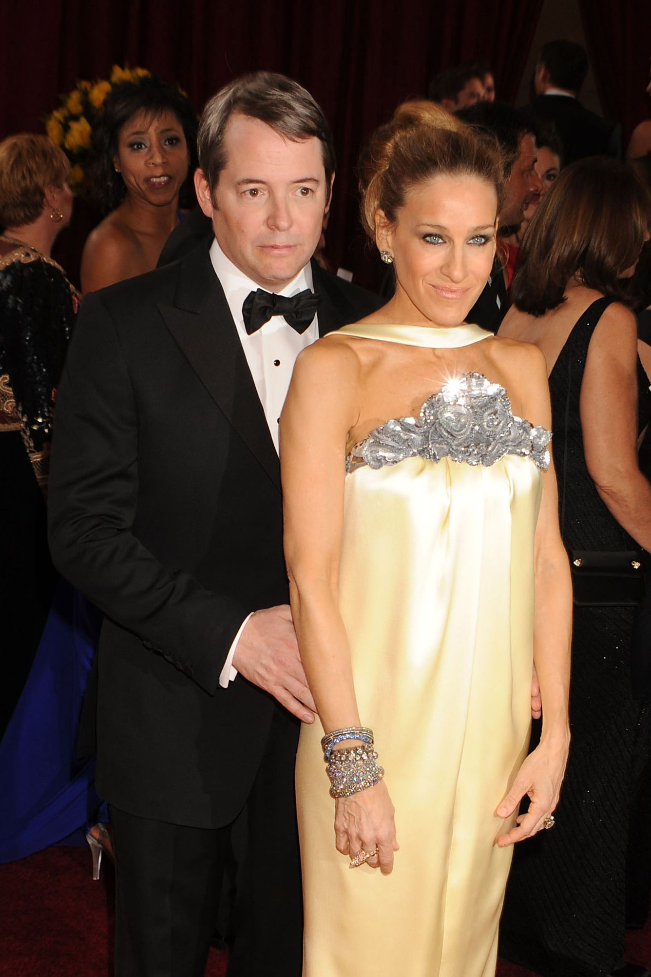 HOLLYWOOD - MARCH 07: Actress Sarah Jessica Parker (R) and Actor Matthew Broderick arrive at the 82nd Annual Academy Awards held at the Kodak Theatre on March 7, 2010 in Hollywood, California. (Photo by Jeffrey Mayer/WireImage)