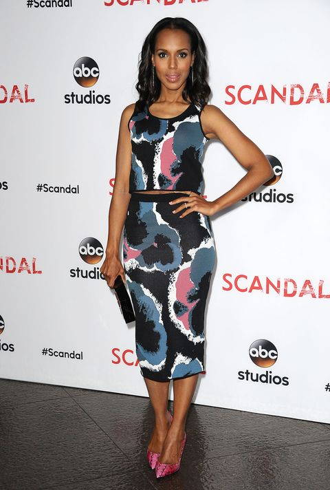 Who: Kerry Washington  When: 5/1/2015  Why: The sun is out and so are the crop tops. Kerry Washington is rocking designer Timo Weiland on the carpet and the abstract print paired with her Tamara Mellon pumps is perfectly in tune with the season.
