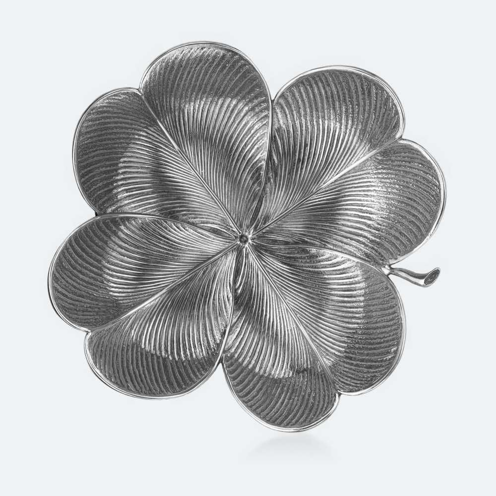 """A shimmering sterling-silver four-leaf-clover dish from Buccellati brings luck while safeguarding their new rings.  Clover Dish, $325; <a target=""""_blank"""" href=""""http://www.buccellati.com/en/silver/foglie/clover"""">buccellati.com</a>"""