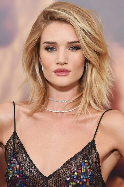 HOLLYWOOD, CA - MAY 07:  Actress/model Rosie Huntington-Whiteley arrives at the Los Angeles premiere of 'Mad Max: Fury Road' at TCL Chinese Theatre IMAX on May 7, 2015 in Hollywood, California.  (Photo by Axelle/Bauer-Griffin/FilmMagic)