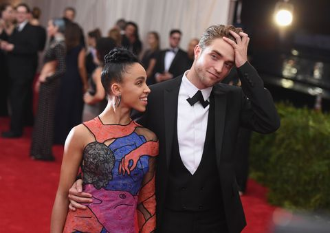 """FKA twigs Says the Online Abuse from Dating Robert Pattinson Is """"Awful"""""""
