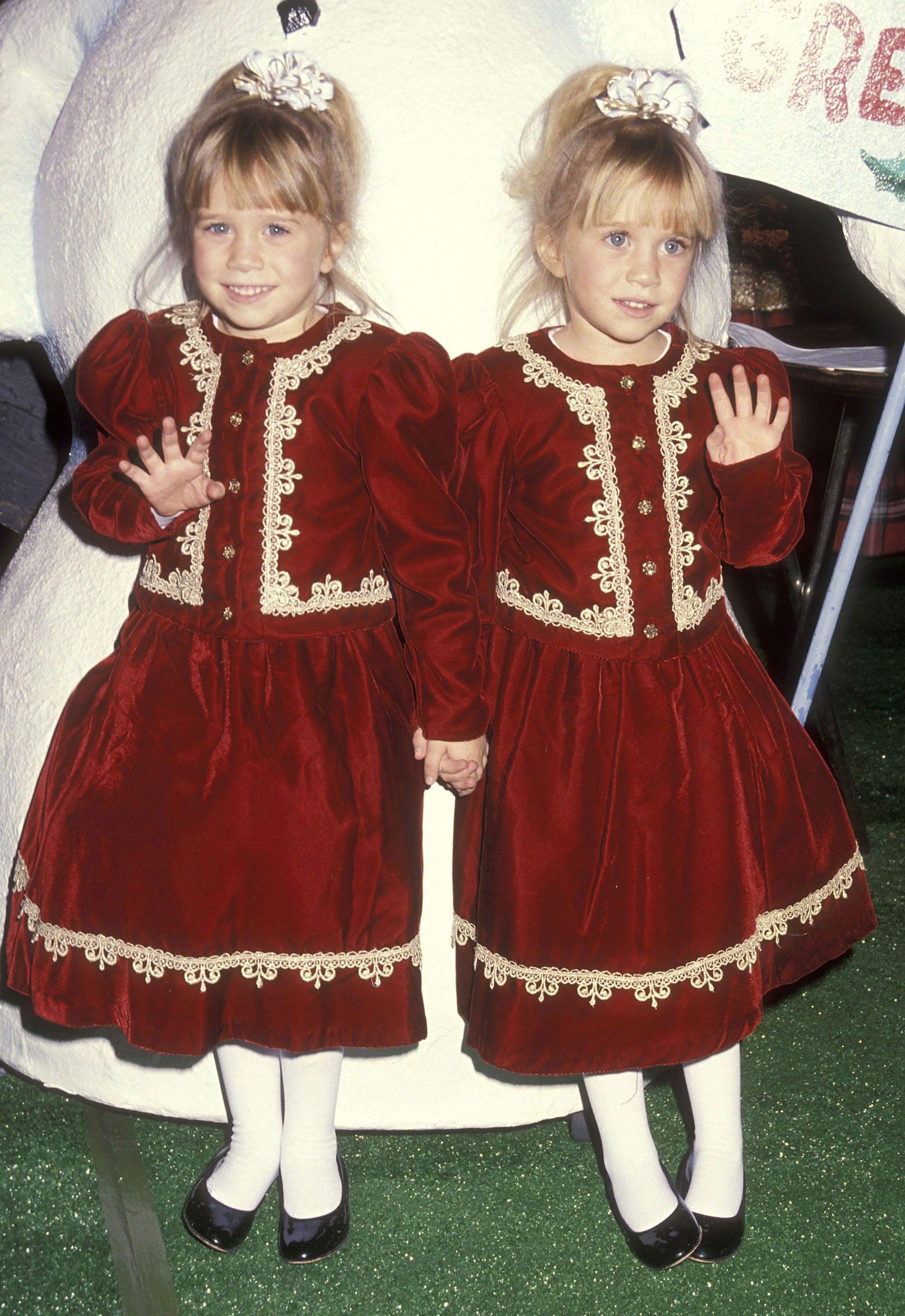 Mary Kate and Ashley Olsen Matching Outfits Mary Kate and Ashley