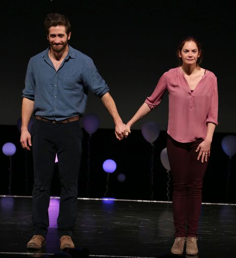 Jake Gyllenhaal as Roland and Ruth Wilson as Marianne in <em>Constellations</em>, 2015.