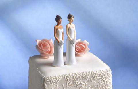Cake, Dessert, Petal, Baked goods, Toy, Ingredient, Cuisine, Cake decorating, Bride, Sweetness,