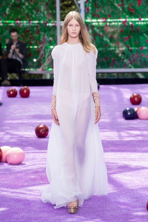 Ball, Dress, Purple, Ball, Gown, One-piece garment, Lavender, Violet, Indoor games and sports, Games,