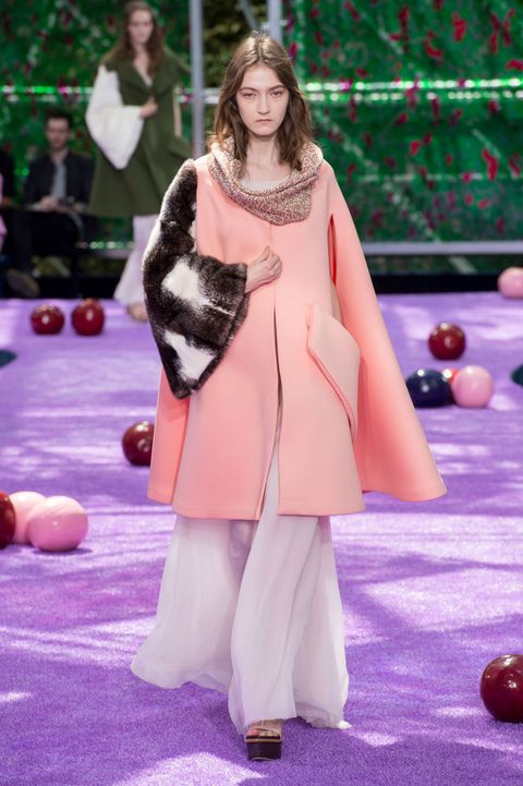 Purple, Style, Ball, Ball, Youth, Indoor games and sports, Games, Street fashion, Fur, Carpet,