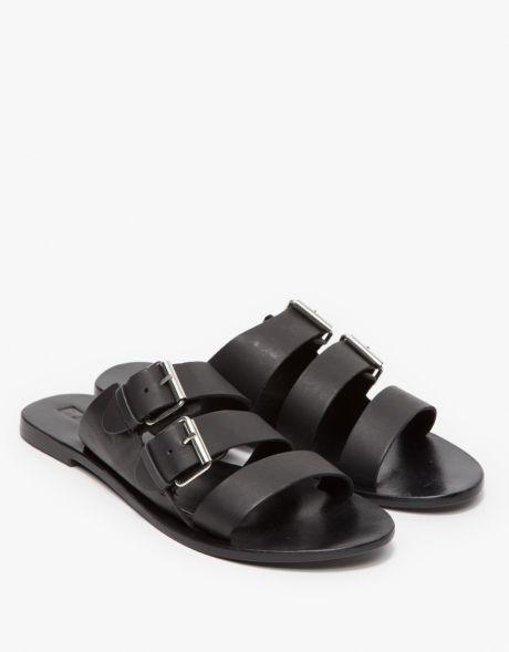 "<p>Sole Sana Foster Sandal $68; <a href=""http://needsupply.com/womens/shoes/sandals/foster-sandal-1.html"" target=""_blank"">needsupply.com</a></p><p class=""MsoNormal""><o:p></o:p></p>"