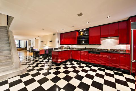 <p>The newly-remodeled kitchen</p>