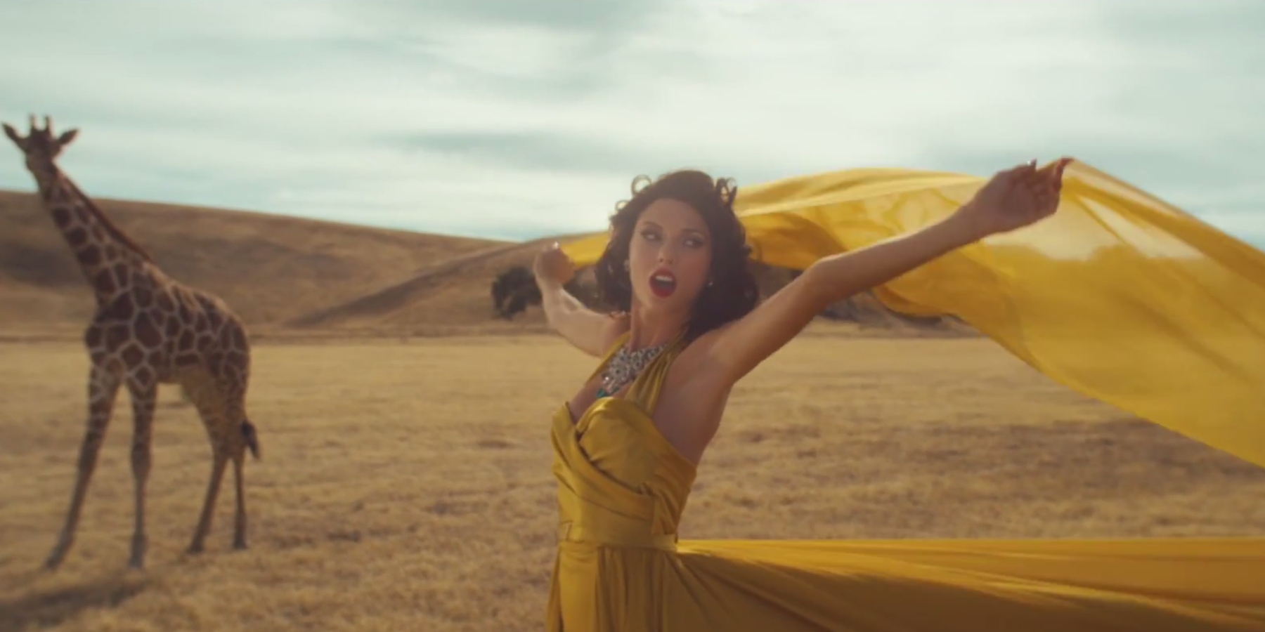 12 Ways Taylor Swift S Wildest Dreams Is The Same Video As Blank Space
