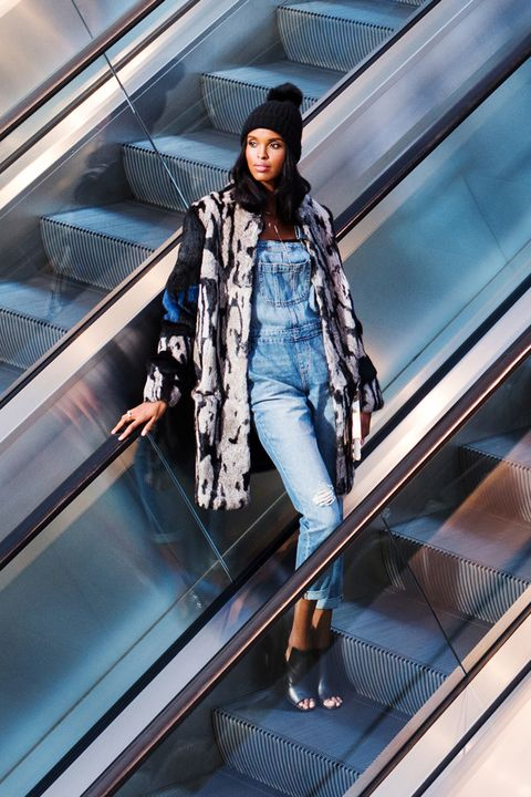 Escalator, Style, Street fashion, Fashion, Denim, Travel, Jacket, Passenger, Fashion model, Model,