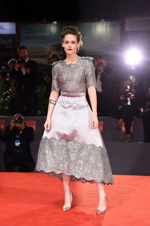 "<p>Who: Kristen Stewart</p><p class=""MsoNormal"">When: September 5, 2015</p><p class=""MsoNormal"">Why: Kristen Stewart may often be labeled as a tomboy, but we love when she goes full on (bangin'!) lady. Case in point: Stewart in Chanel's fresh take on the Stepford wife style. </p>"