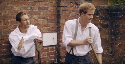 Dress shirt, Collar, Shirt, Wall, Brick, Box, Brickwork, Belt, Service, Pocket,