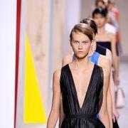 Shoulder, Dress, Jewellery, Fashion show, Fashion, Day dress, Eyelash, One-piece garment, Fashion model, Street fashion,
