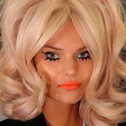 Lip, Hairstyle, Chin, Forehead, Eyebrow, Eyelash, Style, Eye liner, Eye shadow, Beauty,