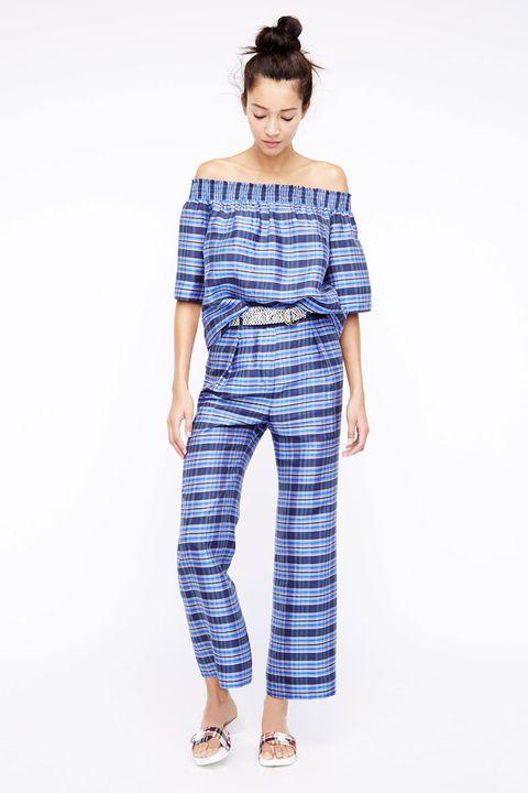 Blue, Sleeve, Shoulder, Textile, Joint, Standing, Style, Pattern, Waist, One-piece garment,