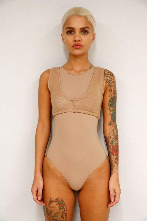 Shoulder, Joint, Chest, Thigh, Jewellery, Leotard, Neck, One-piece swimsuit, Trunk, Swimwear,