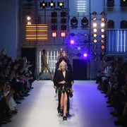 Fashion show, Runway, Fashion model, Fashion, Street fashion, Public event, Model, Haute couture, Fashion design, Hall,