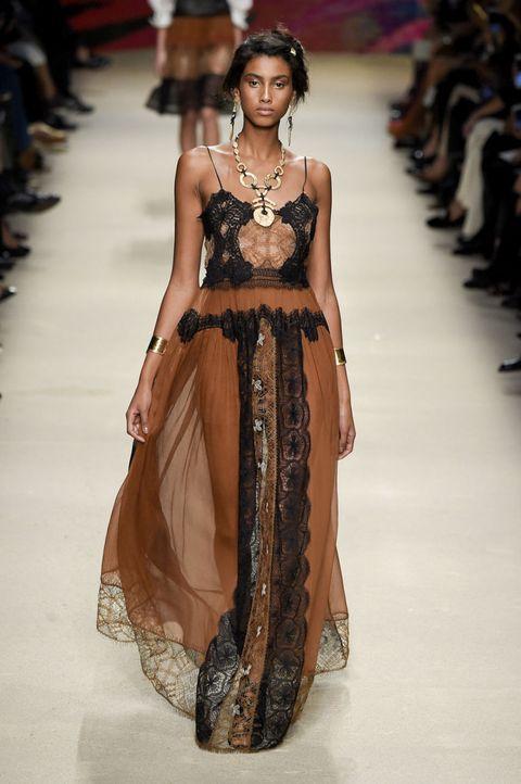 Alberta Ferretti Spring 2016 Ready-to-Wear Collection