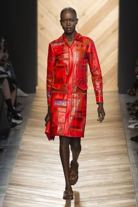 Sleeve, Human body, Shoulder, Fashion show, Textile, Joint, Runway, Style, Fashion model, Pattern,