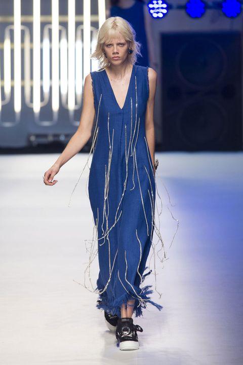 Blue, Shoulder, Dress, Joint, One-piece garment, Electric blue, Fashion model, Jewellery, Cobalt blue, Fashion,