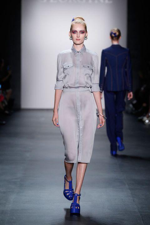 Clothing, Sleeve, Human body, Fashion show, Shoulder, Joint, Runway, Style, Fashion model, Waist,