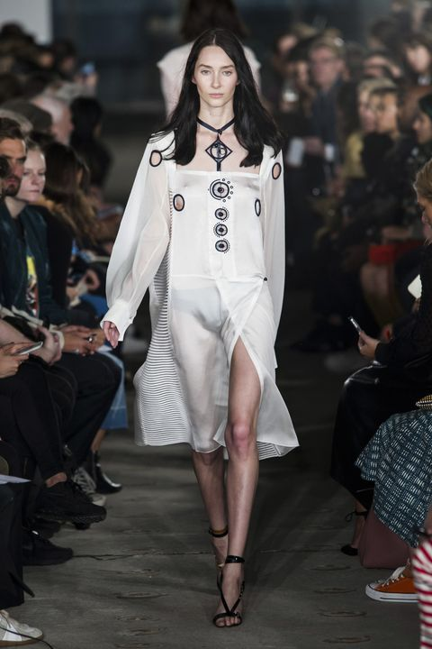 Thomas Tait Spring 2016 Ready-to-Wear Collection