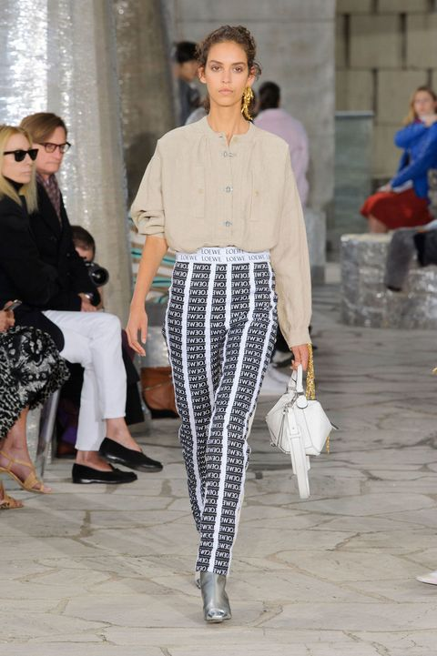 94d764bb3f Loewe Spring 2016 Ready-to-Wear Collection