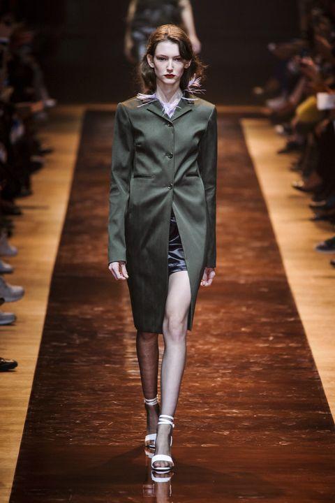 Nina Ricci Spring 2016 Ready-To-Wear Collection