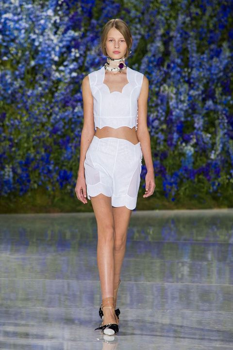 dadda467c09 Christian Dior Spring 2016 Ready-to-Wear Collection