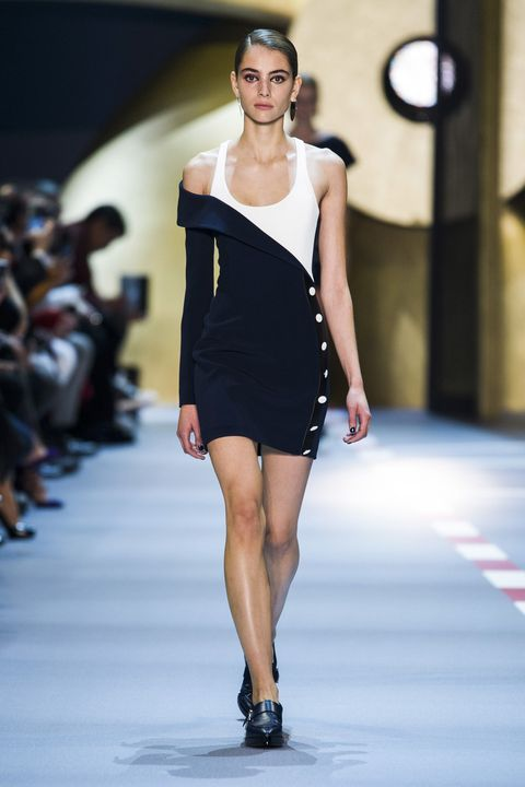 Mugler Spring 2016 Ready-To-Wear Collection