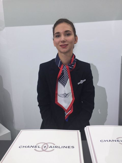 Collar, Blazer, Jewellery, Employment, Job, White-collar worker, Necklace, Fashion design, Lipstick, Flight attendant,