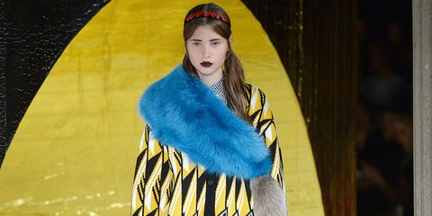 Textile, Street fashion, Fashion, Fashion model, Electric blue, Fur, Costume design, Model, Fashion show, Hair accessory,