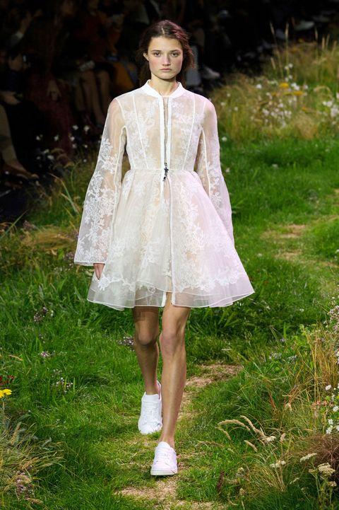 Clothing, Dress, Day dress, One-piece garment, Street fashion, Embellishment, Spring, Fashion model, Fashion design, Pattern,