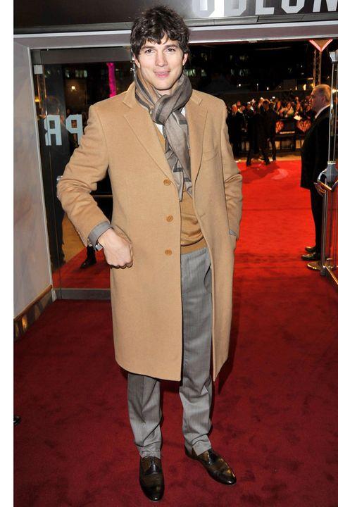 Footwear, Coat, Trousers, Collar, Outerwear, Style, Formal wear, Carpet, Blazer, Dress shirt,
