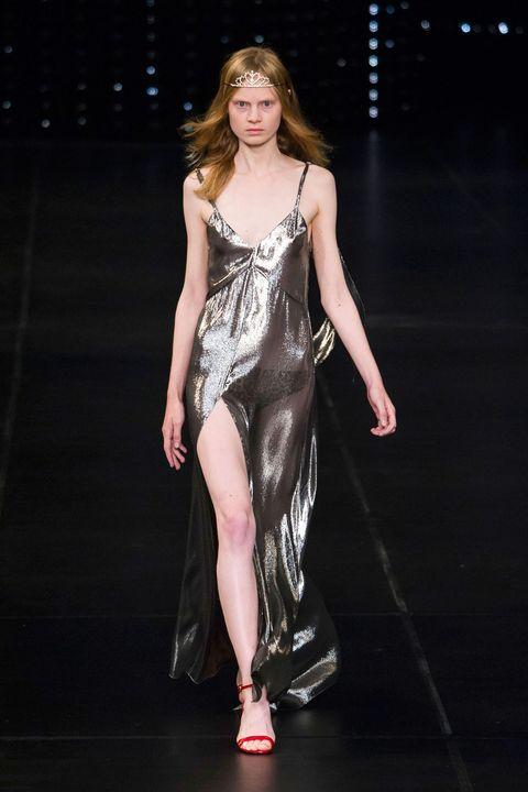 Fashion show, Runway, Dress, Style, High heels, Fashion model, Fashion, Beauty, Sandal, Youth,