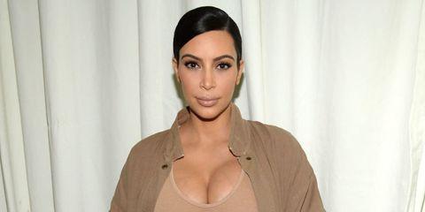 Clothing, Lip, Cheek, Hairstyle, Skin, Chin, Forehead, Shoulder, Eyebrow, Eyelash,