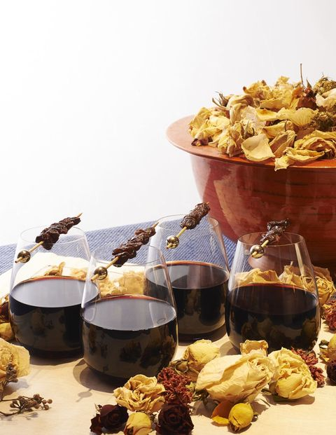 <p><u>Ingredients (4-6 servings)</u></p><p>1 bottle (750 mL) or red wine <em>Suggestions:</em> Cabernet Sauvignon, Zinfandel, Merlot</p><p>1 peeled and sliced orange</p><p>1/4 cup brandy</p><p>8-10 cloves</p><p>1/3 cup honey or sugar</p><p>3 cinnamon sticks</p><p>1 teaspoon fresh or 2 teaspoons ground ginget</p><p>Sun dried cherries for garnish </p><p><u>Instructions</u></p><p>To make the perfect cup of mulled wine, combine all ingredients in either a large pot or a slow cooker. Gently warm the ingredients on low to medium heat (avoid boiling), for 20-25 minutes. Stir occasionally to make sure that the honey or sugar has completely dissolved. When the wine is steaming and the ingredients have been well blended it is ready to serve. Ladle the mulled wine into a Tuscany Classics Red Tumbler by Lenox garnish with sun-dried cherries on a skewer and enjoy!</p><p>The 1/3 cup of honey or sugar does make a sweeter-styled mulled wine, feel free to cut honey/sugar down to taste.</p><p><em>Courtesy of entertaining expert Andrea Correale</em></p>