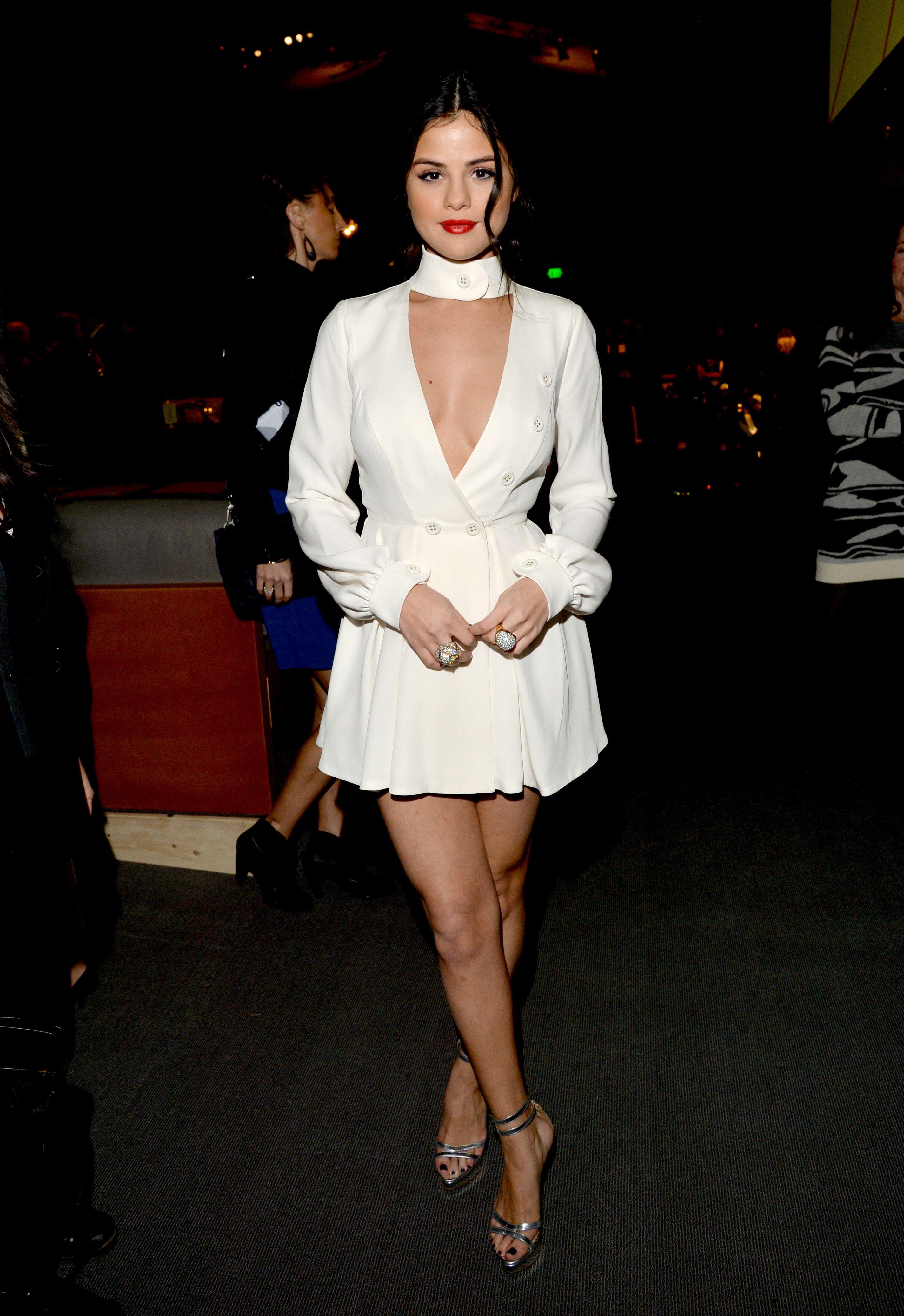 Selena gomez style pictures fashion photos of selena gomez ombrellifo Images