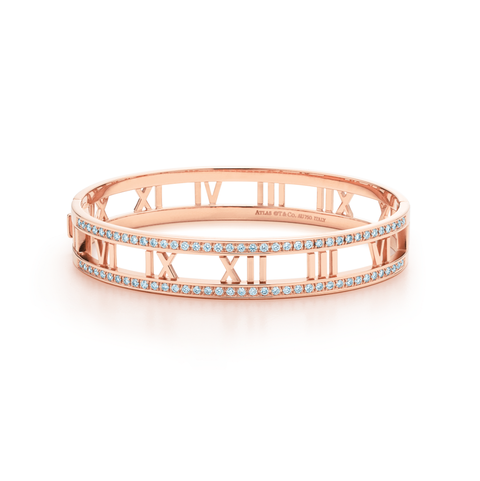 "<p>Tiffany & Co. Atlas® Hinged Bangle, $11,000; <a href=""http://www.tiffany.com/jewelry/bracelets/atlas-hinged-bangle-GRP08563?fromGrid=1&search_params=p+1-n+10000-c+-1-s+11-r+-t+atlas%20hinged%20bangle-ni+1-x+-lr+-hr+-ri+-mi+-pp+0+1&search=1&origin=search&searchkeyword=atlas%20hinged%20bangle&trackpdp=search&fromcid=-1"" target=""_blank"">tiffany.com</a></p>"