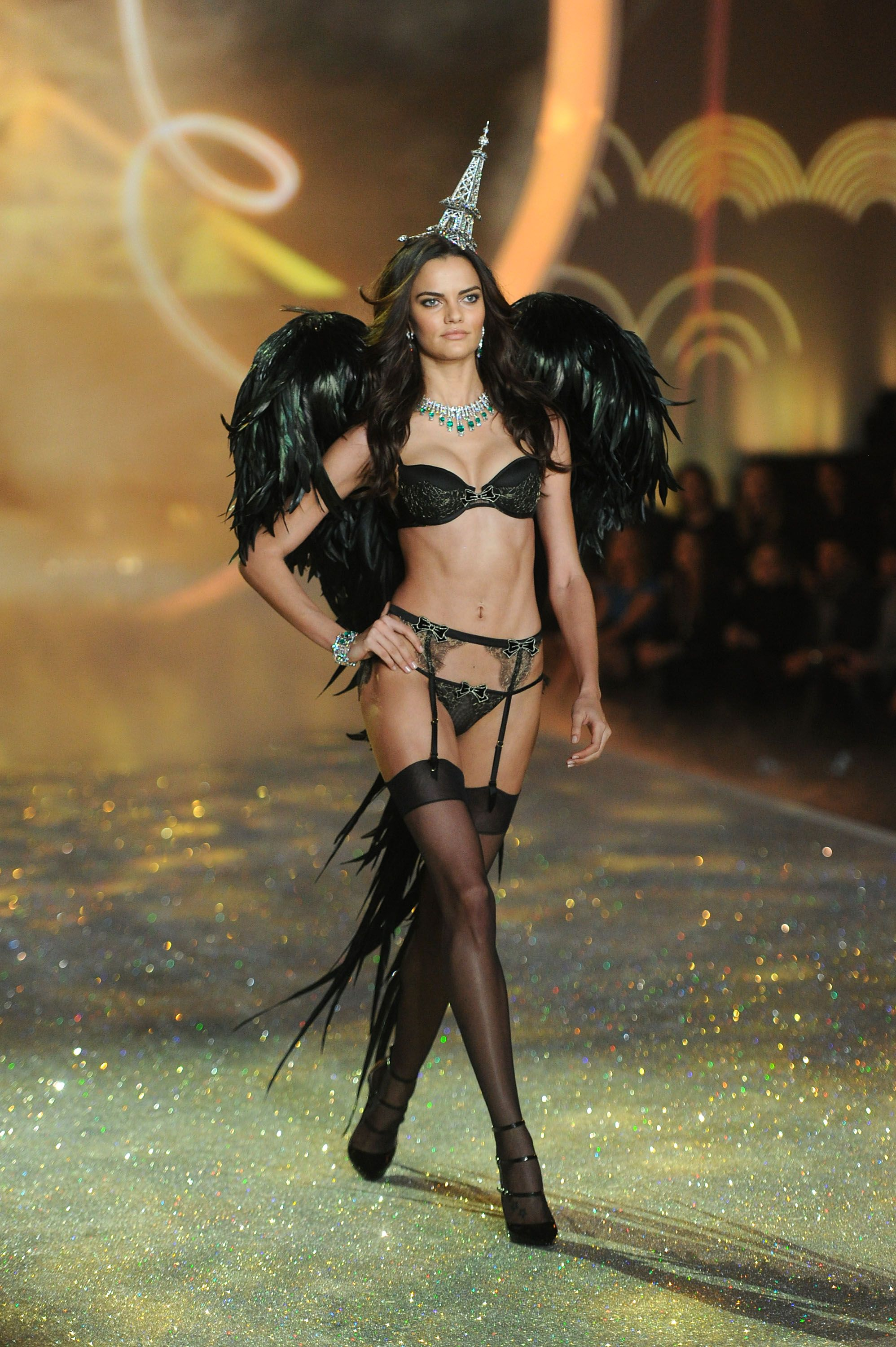 The Best Weirdest And Most Outrageous Victoria S Secret Fashion Show Moments