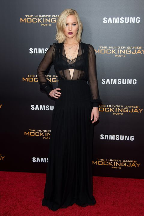 <p>Who: Jennifer Lawrence</p><p>When: November 18, 2015</p><p>Why: Jennifer Lawrence has given us a plethora of drool-worthy looks thanks to  <em>The Hunger Games</em><em>: Mockingjay, Part 2 </em>press tour, but this vampy Schiaparelli number is one of the best. It's a welcomed sexy step away from the softer Dior gowns she's prone to. </p>