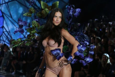 Adriana Lima Had the Best Response When Asked If She Ever Dated Justin Bieber
