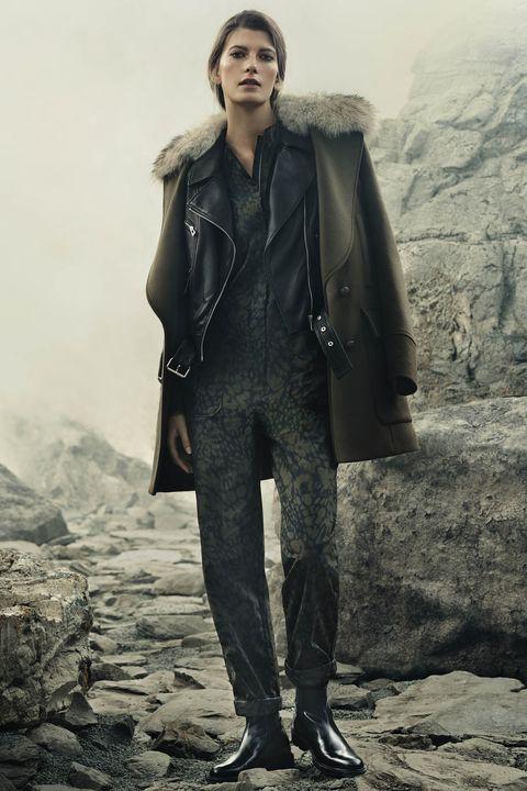 Clothing, Leg, Sleeve, Textile, Jacket, Style, Collar, Fashion model, Fashion, Leather,
