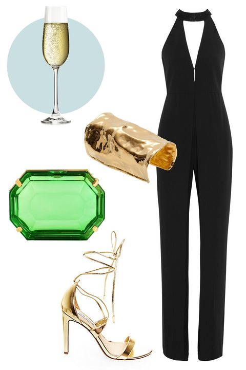 Joint, Formal wear, Glass, Blazer, Knee, Stemware, Barware, Foot, High heels, Champagne stemware,