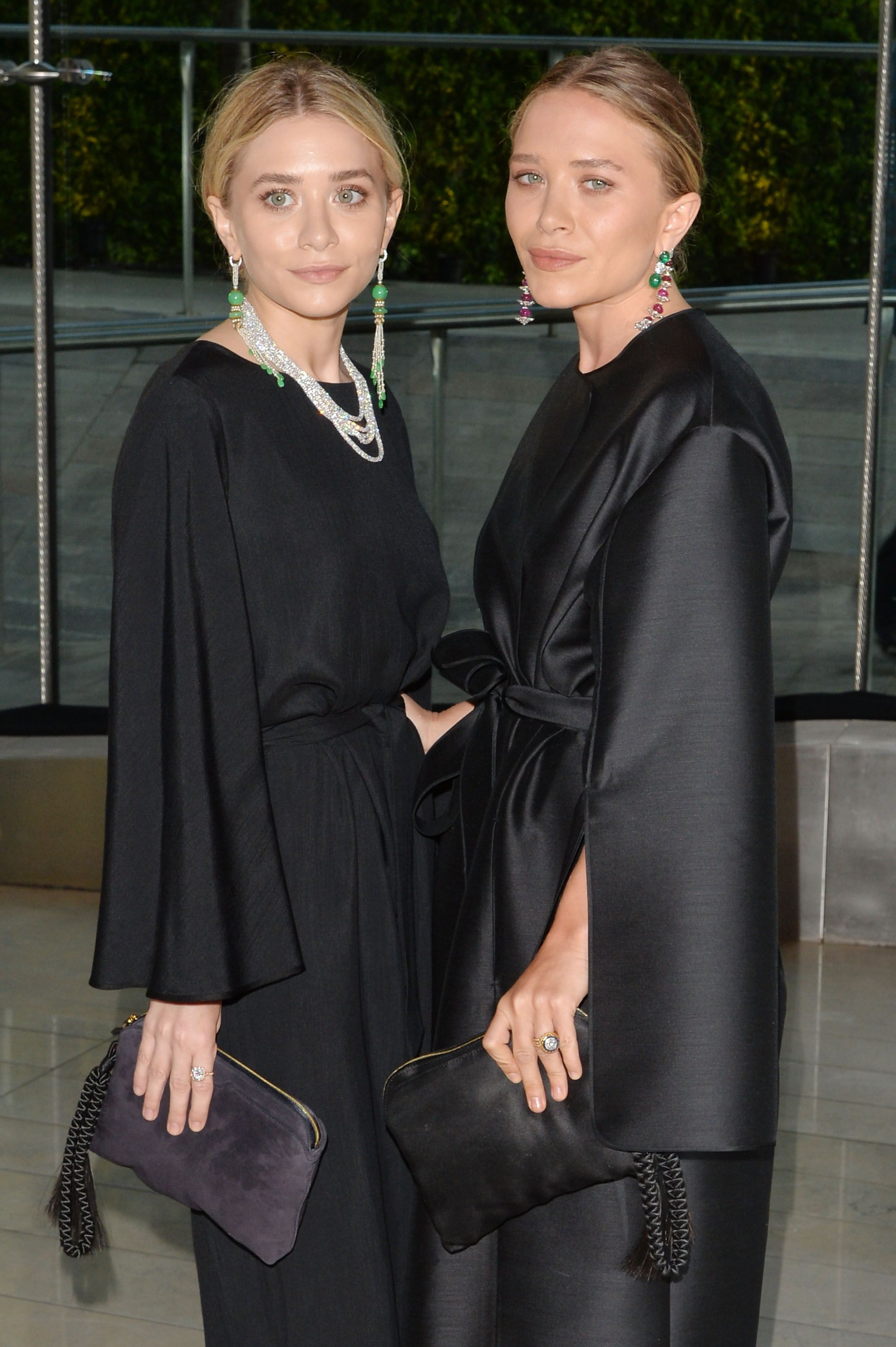 Mary Kate And Ashley Olsen Debut Their
