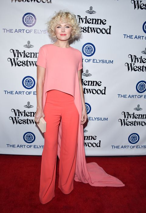 <p>Who: Malin Akerman</p><p>When: January 09, 2016</p><p>Why: Wearing Monique Lhuillier, Malin Akerman's rosy look makes us happy. The sorbet shades, long train and bouncy curls are sweet, spunky and we love it. </p>